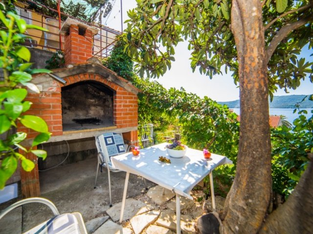Peljesac apartments Orsula for 2 persons