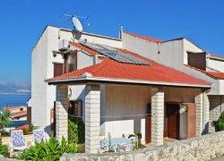 Villa-Leone-Slatine-Ciov-adriatic-trogir-split-smjestaj-ljeto-apartman