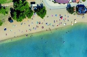 strand bijeca medulin