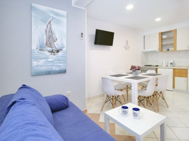 Apartments Miovic