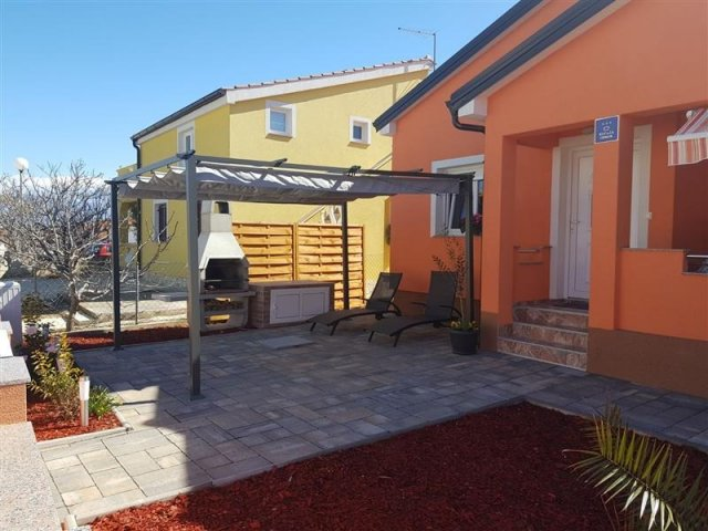 Kuća za odmor Floreani - Vir - otok Vir (4+2) 46481-K1