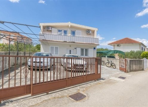 Appartamenti Ana - Rogoznica A2 (2+2) 10061-A2